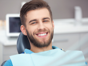 First visit to cosmetic dentist and general dentist in Los Angeles, CA